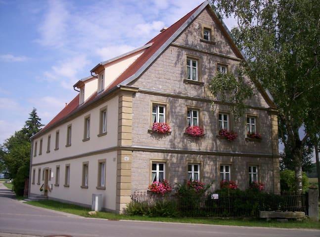 Stop Over im prämierten Bauernhaus für 3-6 Pers. - Ulsenheim - Huoneisto