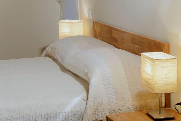 Stanza elegante nel verde Bologna - Calderara di Reno - Bed & Breakfast