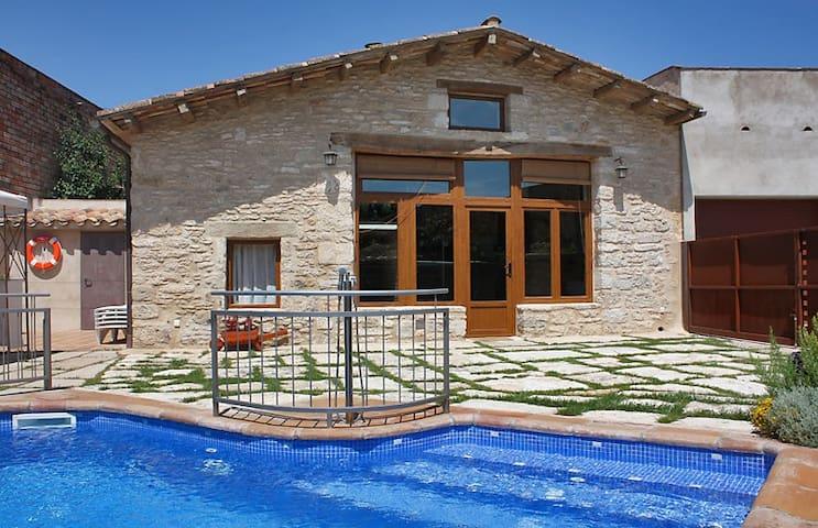 Charming villa with private pool - Mata - Ev