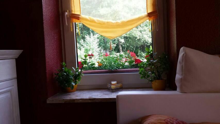 Schönes Zimmer mit Traum Garten - Hambourg