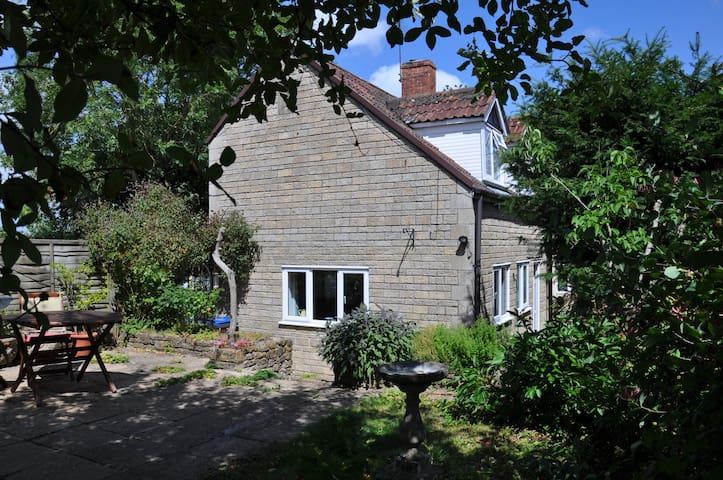Brook Cottage Annex Kington Langley - Kington Langley