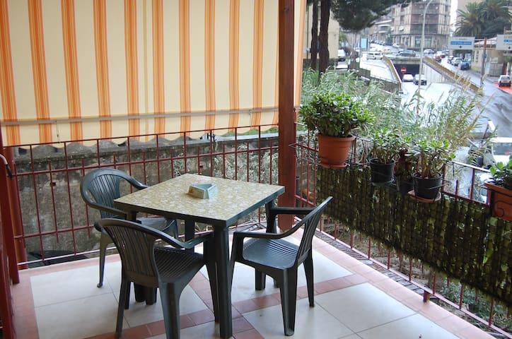 casa vacanze PIAZZA EUROPA - Cosenza - Rumah