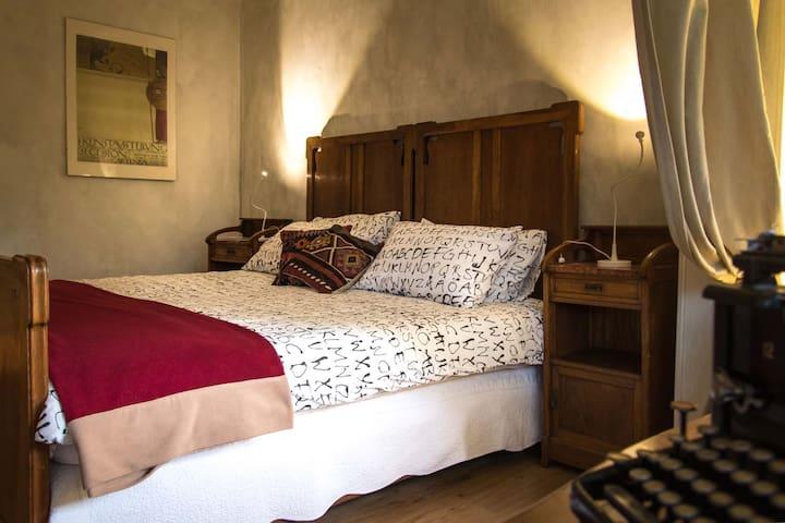 elegante camera con bagno dedicato - Fiano - Villa