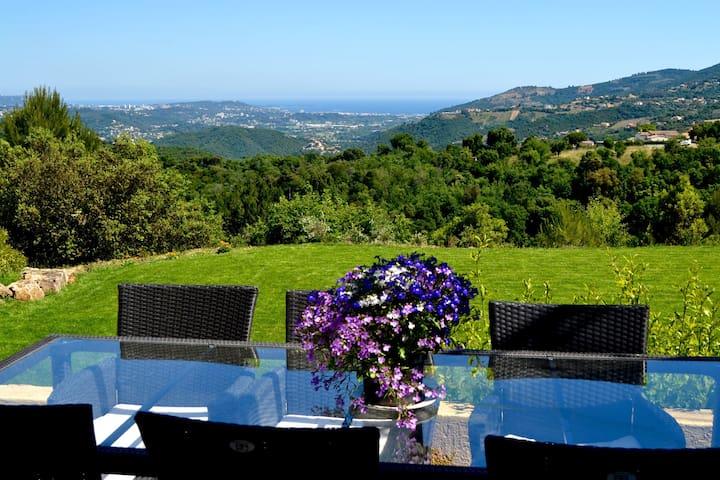 Studio seaview, heated pool, near Grasse. - Peymeinade - Villa