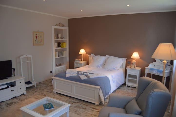 Côté Vignes, Chambre d'Hôtes Alsace - Marlenheim - 家庭式旅館
