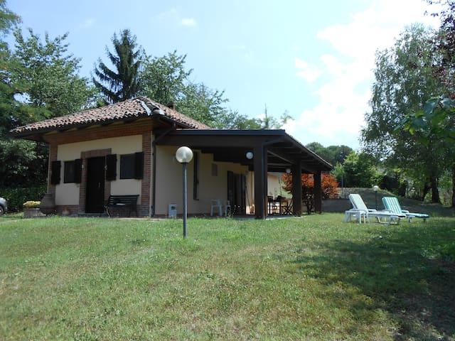 Villa Renè, Alba Town - Alba - 別荘