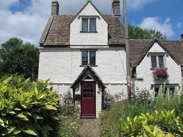 Dickens Cottage, Pickwick, Corsham - Corsham - Huis