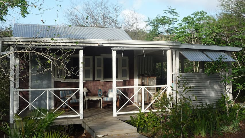 Eco Cottage in Caribbean Woodlands - Swetes
