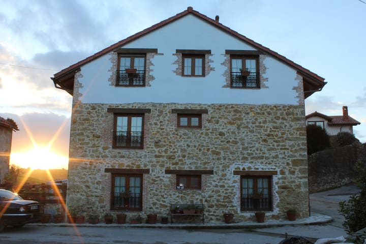 Apartamento casa rural en el Tejo - Ceceño - Hus
