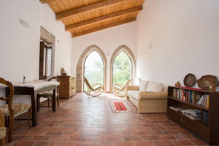 Casale Le Bifore - Tuscia - Vitorchiano - Huis