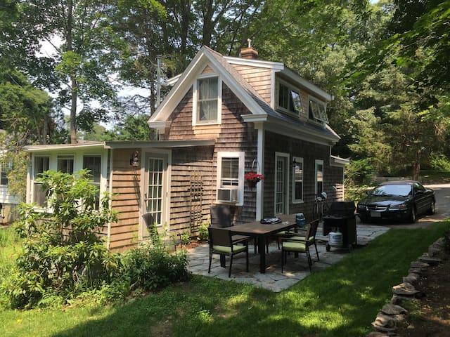 Small cottage on quiet lane - Duxbury - Rumah