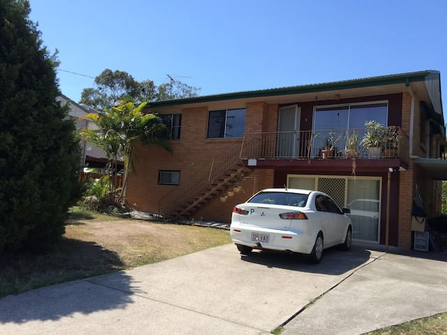 Looking for one tenant only - Graceville - Hus