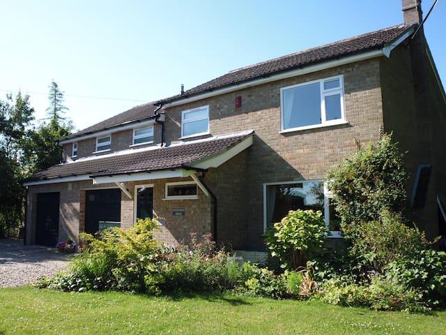 Inglewood House, Bressingham, Diss - Bressingham - Bed & Breakfast