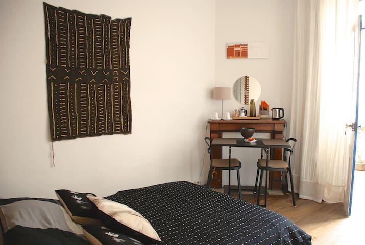 chambre d'hôtes maison années 30 - Figeac - Bed & Breakfast