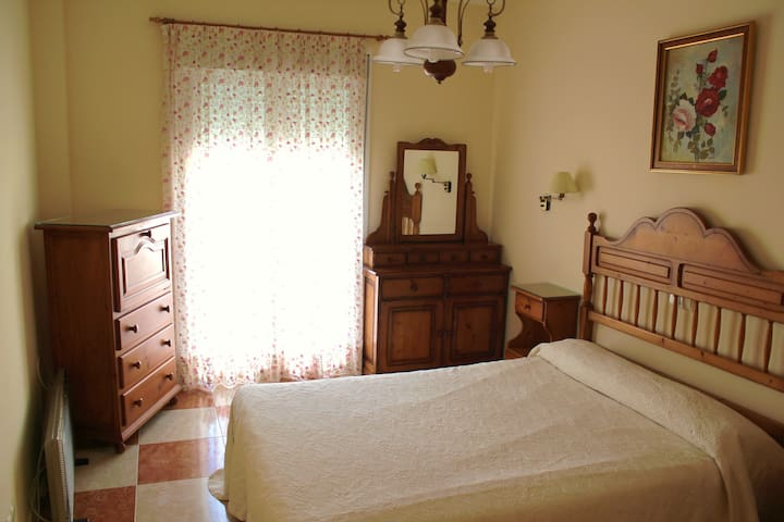 Lovely doble room in Genal's Valley - Faraján  - Hus