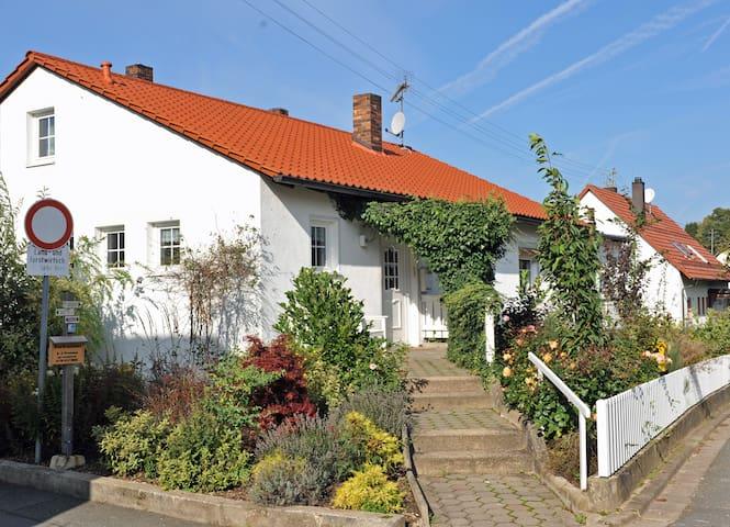 Hohe's Ferienhaus - Wiesenttal - Дом