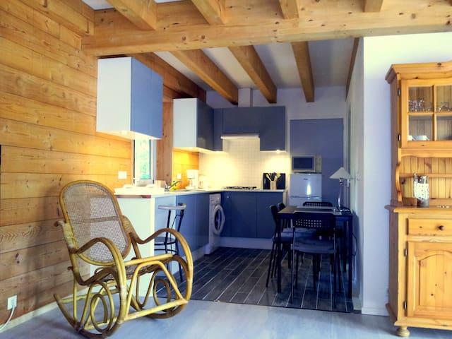 Pretty new wooden house terrace - Meymans - 獨棟