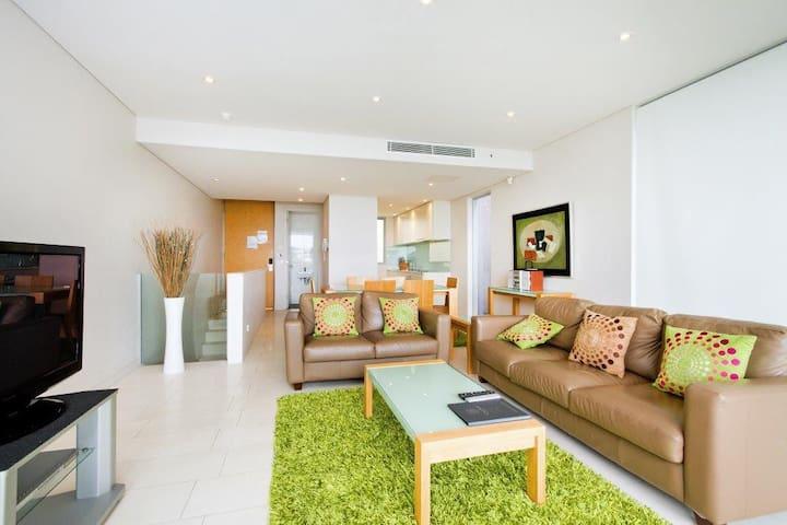 Luxury Two Bedroom-Unlimited WIFI! - Noosa Heads - Leilighet