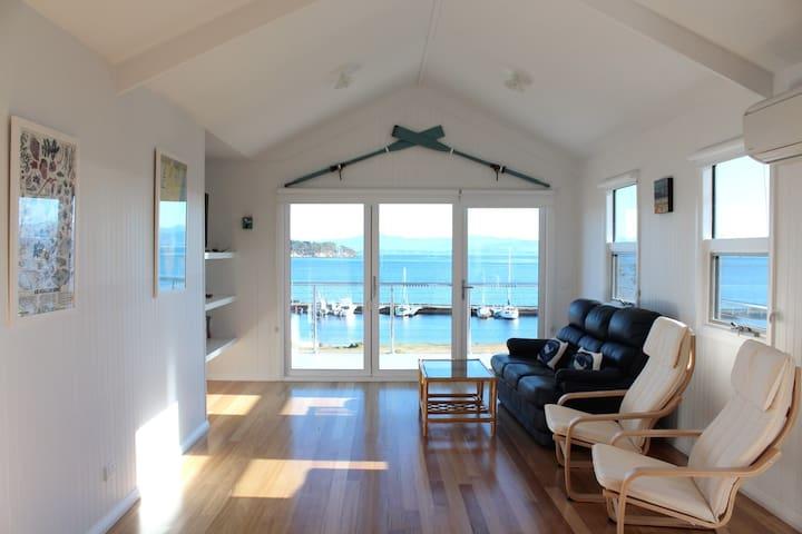 Bruny Boathouse Accommodation - Alonnah - Casa