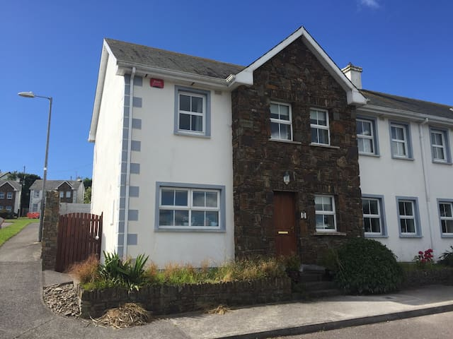 Cosy & comfortable with a sea view - Ballycotton - Dom